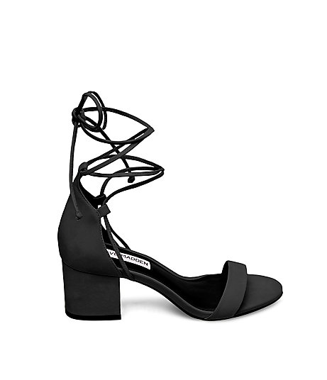 STEVEMADDEN-SANDALS_IVORI_BLACK-NUBUCK_SIDE.jpg